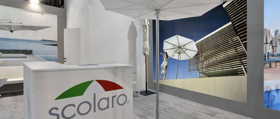 central pole parasol design