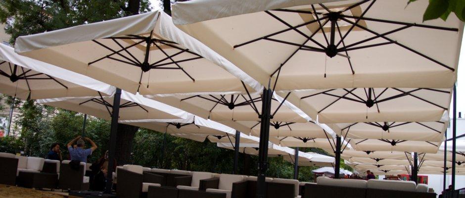 giant parasol professional use