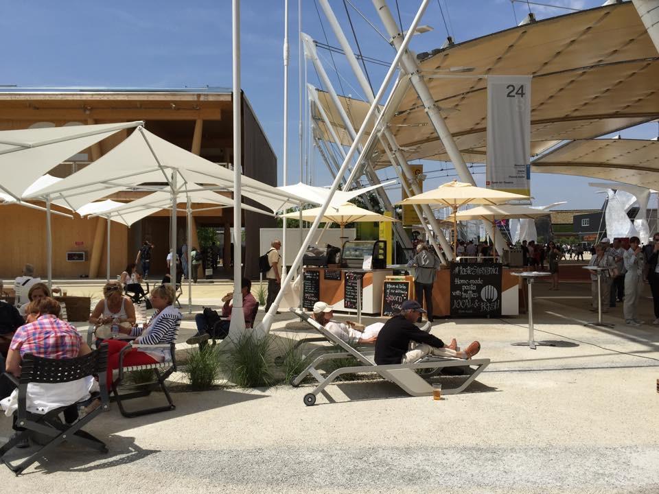 Expo milano scolaro parasol ombrelloni da giardino for Ombrelloni da giardino milano