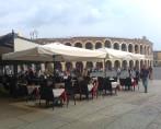 central pole umbrella restaurant terrace